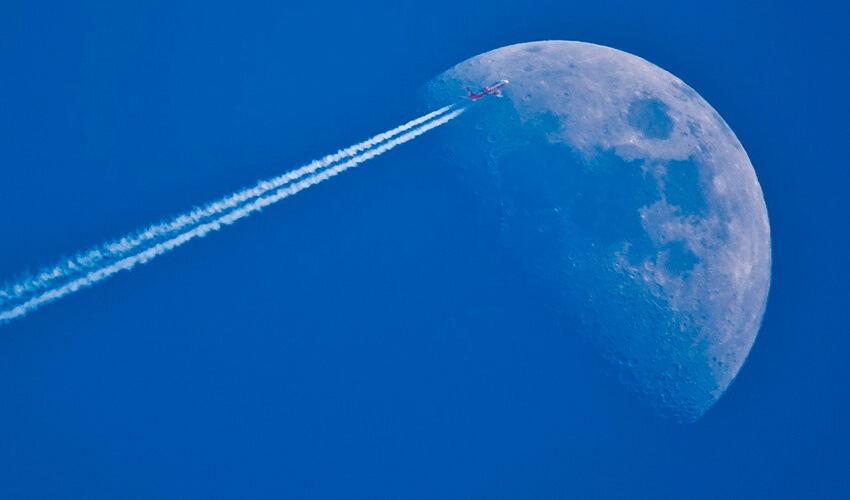 ¿Las estelas que dejan los aviones son contaminación?